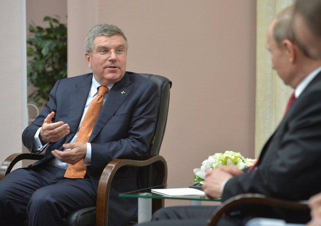 俄羅斯總統弗拉基米爾•普京同國際奧委會主席托馬斯•巴赫會面時