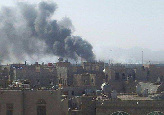 消息人士:亞丁機場在也門聯合政府的飛機抵達時發生爆炸