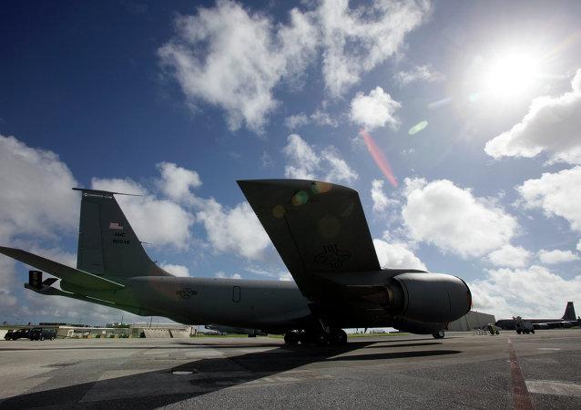 一架波音公司生產的KC-135空中加油機