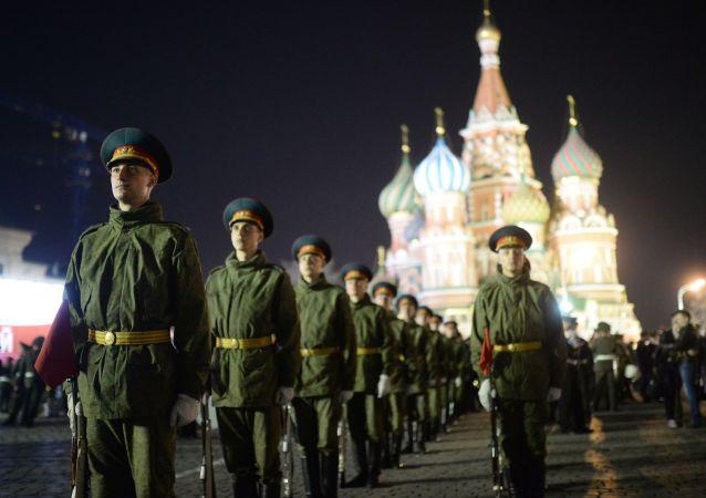 普京下令:明年俄羅斯軍隊編制人數將為190萬人
