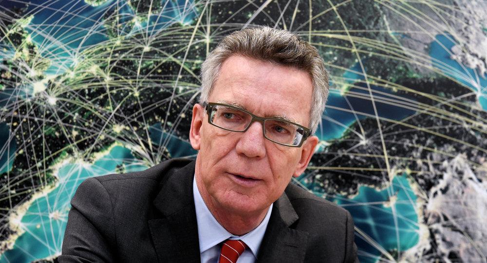 德國內政部長托馬斯•德梅齊埃