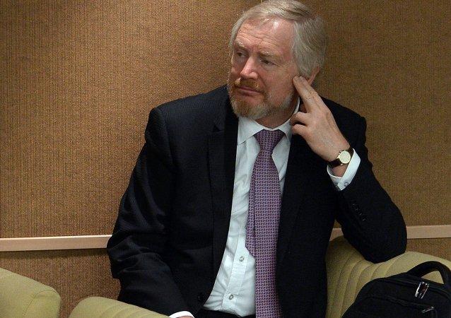 俄副財長:西方制裁解除前俄方不會舉借外債