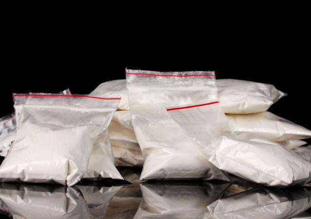 黑山海關人員在一厄瓜多爾集裝箱內發現約30公斤可卡因