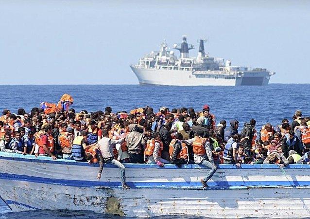 媒體:利比亞海岸警衛隊在地中海救起200名移民