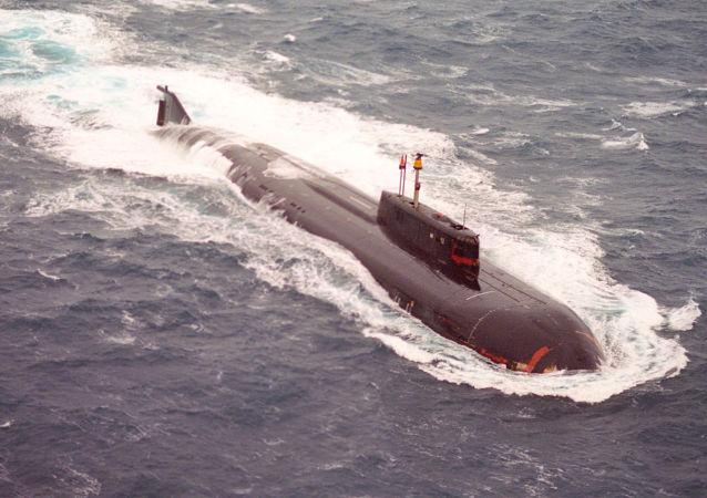 俄北方艦隊掃雷艦與潛艇在巴倫支海演習