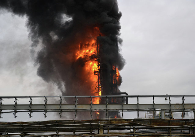 政府:20人在印尼煉油廠火災中受傷 資料圖