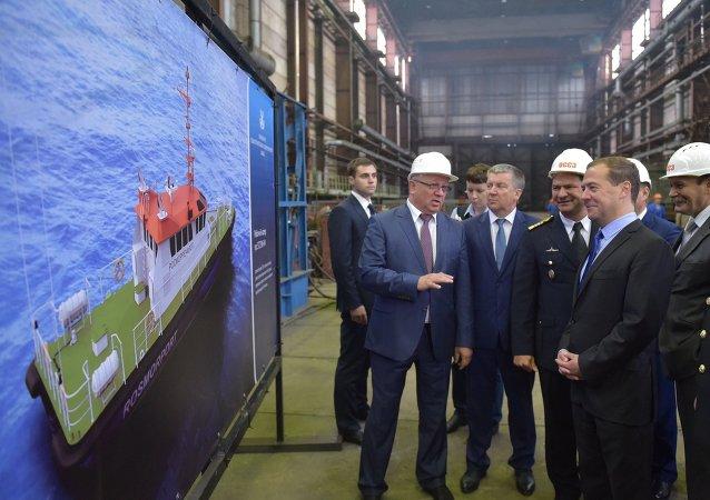 俄總理:俄政府將在船舶市場上進行進口替代