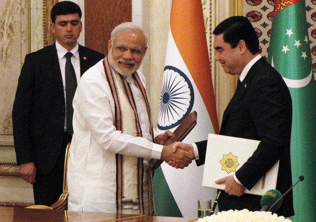 土庫曼斯坦總統:土庫曼斯坦 – 阿富汗 – 巴基斯坦 – 印度天然氣管道建設