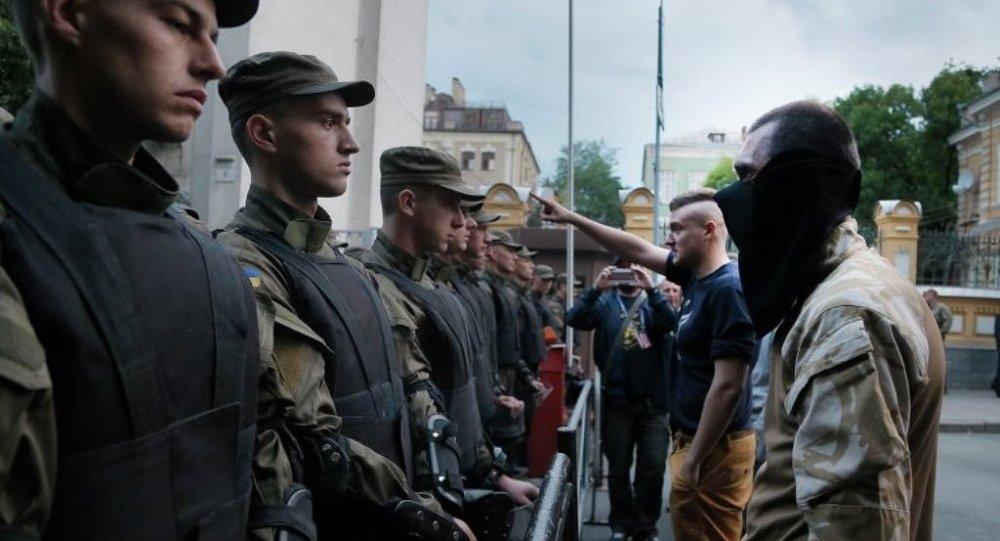 烏克蘭反對派要求解散議會聯盟並提前選舉