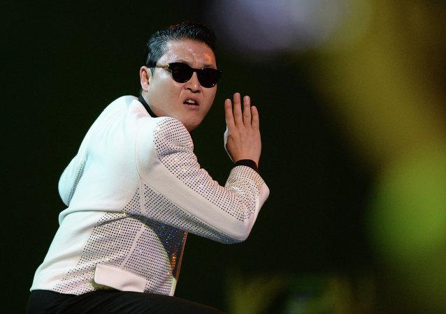 韓國歌手鳥叔在杭州遇上交通意外