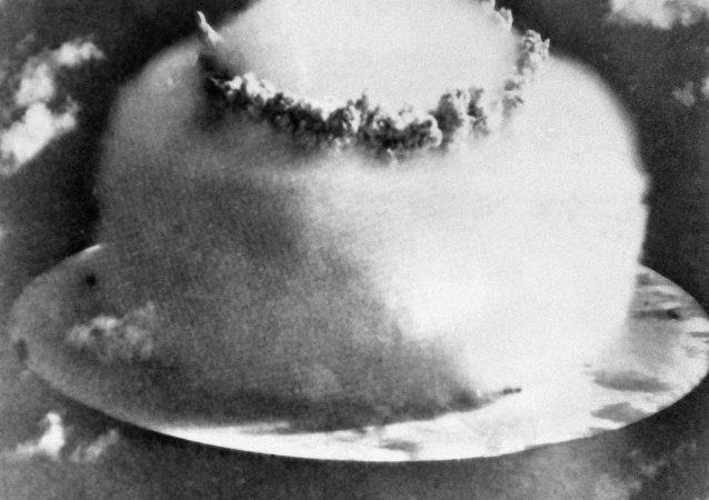 氫彈爆炸瞬間