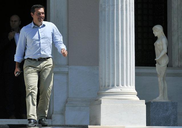 希臘總理齊普拉斯辭職並宣佈提前舉行議會選舉
