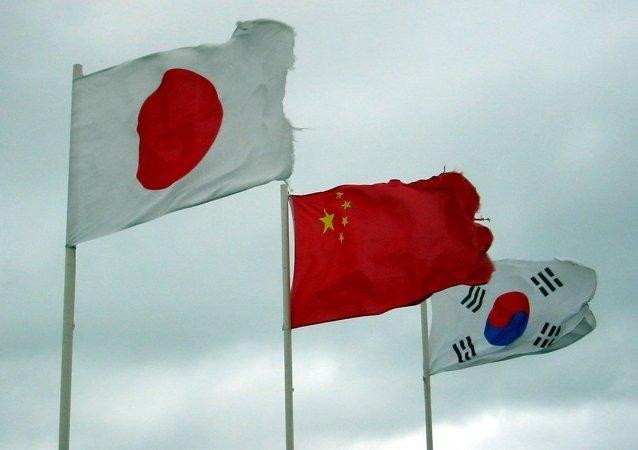 中國外交部:中國外長王毅將於24日出席中日韓第八次外長會