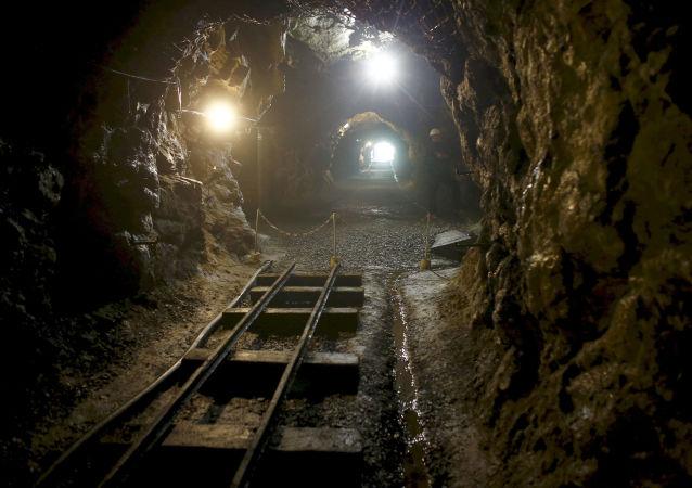 在波蘭找到的「金火車」中可能有琥珀屋