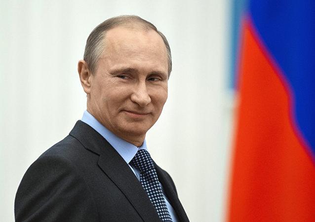普京接受CBS採訪時稱「沙皇」的綽號不適合他