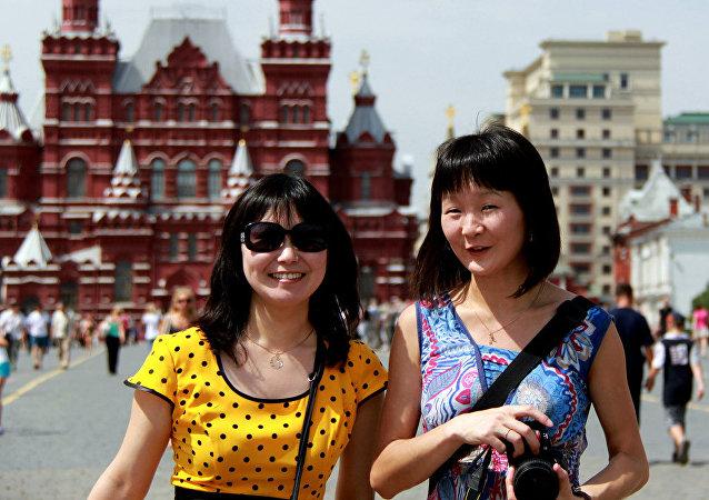 一年內中國免簽赴俄旅遊人數翻倍