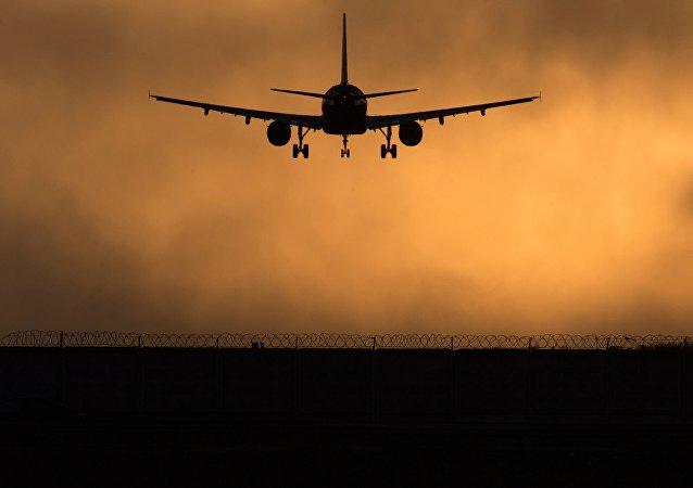俄交通部部長:若基輔向俄航空公司關閉烏領空 俄方將被迫採取對等措施