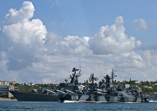 俄國防部:俄黑海艦隊開始在克里米亞附近海域演習 計劃將進行巡航導彈射擊