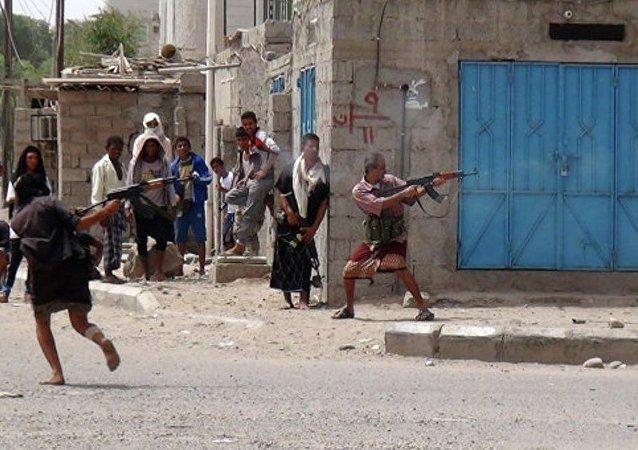 也門亞丁的政府官邸遭榴彈襲擊 12人身亡