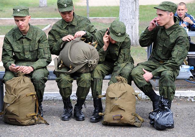 俄國防部計劃秋季招募15.2萬名新兵入伍