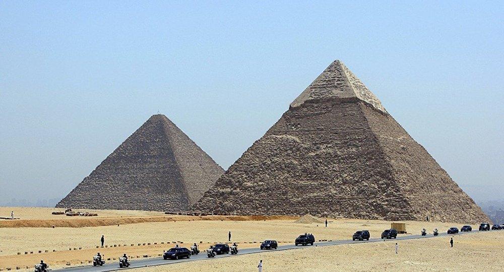 開羅金字塔
