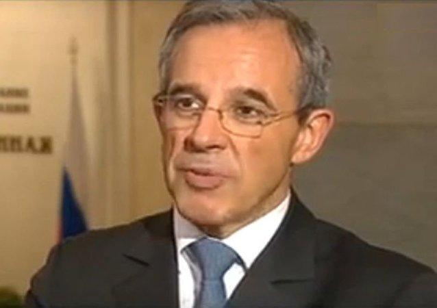 法國議員代表團在阿勒頗登機時遇襲