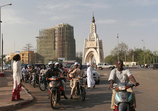 中國簽署價值27億美元的改造馬里-塞內加爾鐵路改造合同