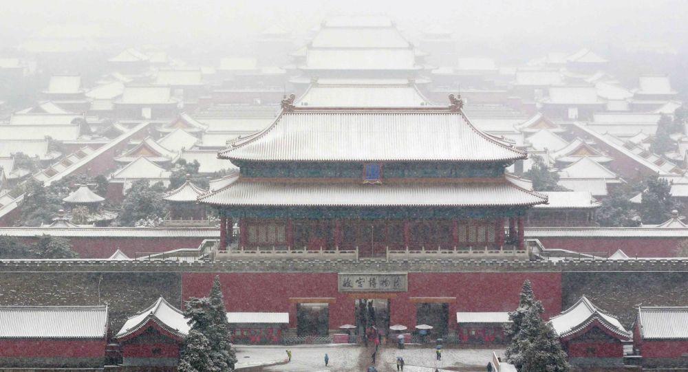 華媒:每天在北京故宮里練習「跑圈」的消防隊員