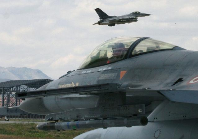 土耳其F-16戰機