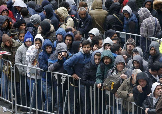 德內政部長不排除未來或決絕拒絕接收難民