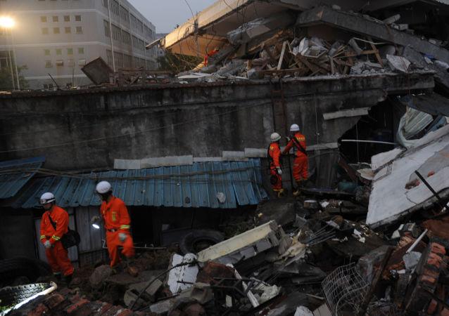 福建樓房倒塌造成至少14人受傷