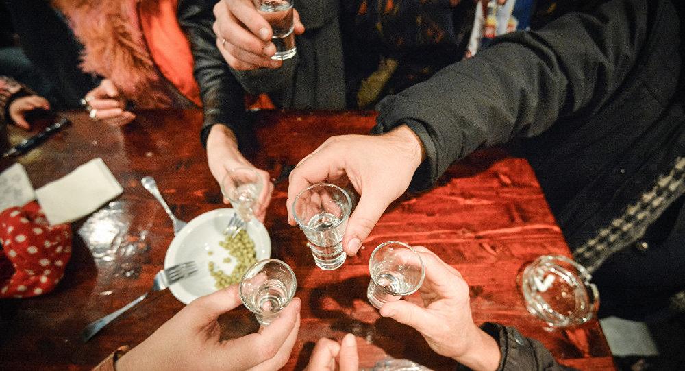 科學家找到治療酒精性肝病的新方法