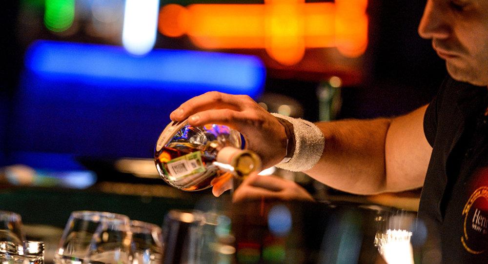 科學家:酒精曾使人類免於滅絕