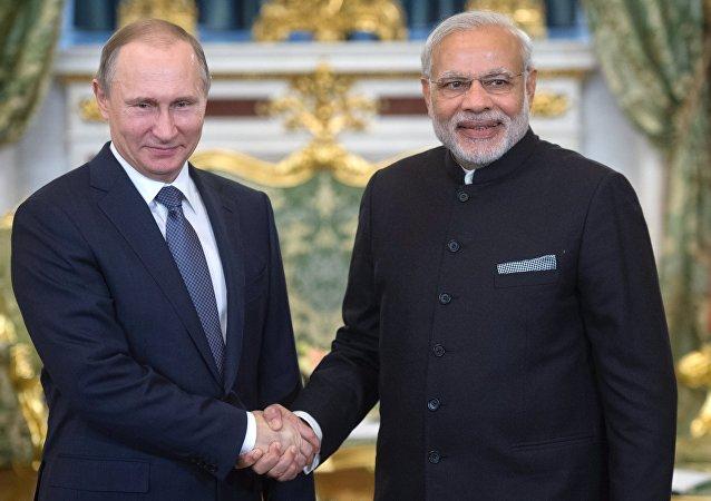 俄印兩國領導人高度評價在各領域達成的共識