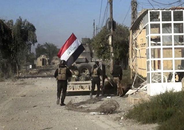 伊拉克軍方拘留「伊斯蘭國」恐怖組織的一名主要協調員