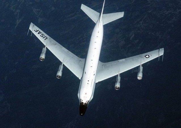 波音 RC-135