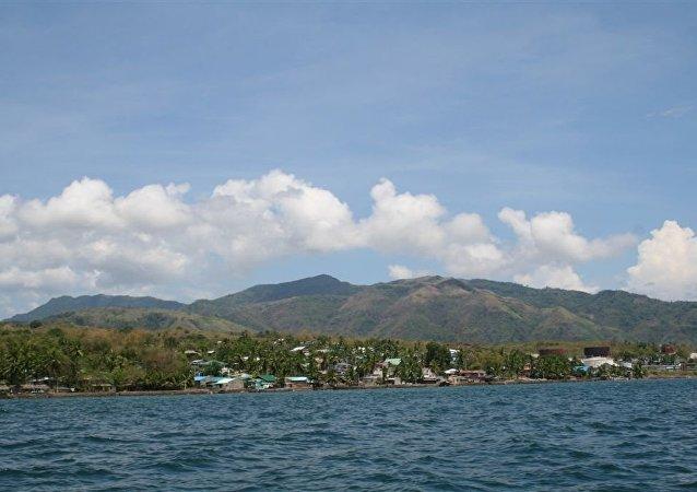 菲律賓一架軍用直升機墜海 1人死亡3人受傷