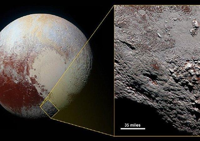美國宇航局公佈冥王星疑似低溫火山圖像
