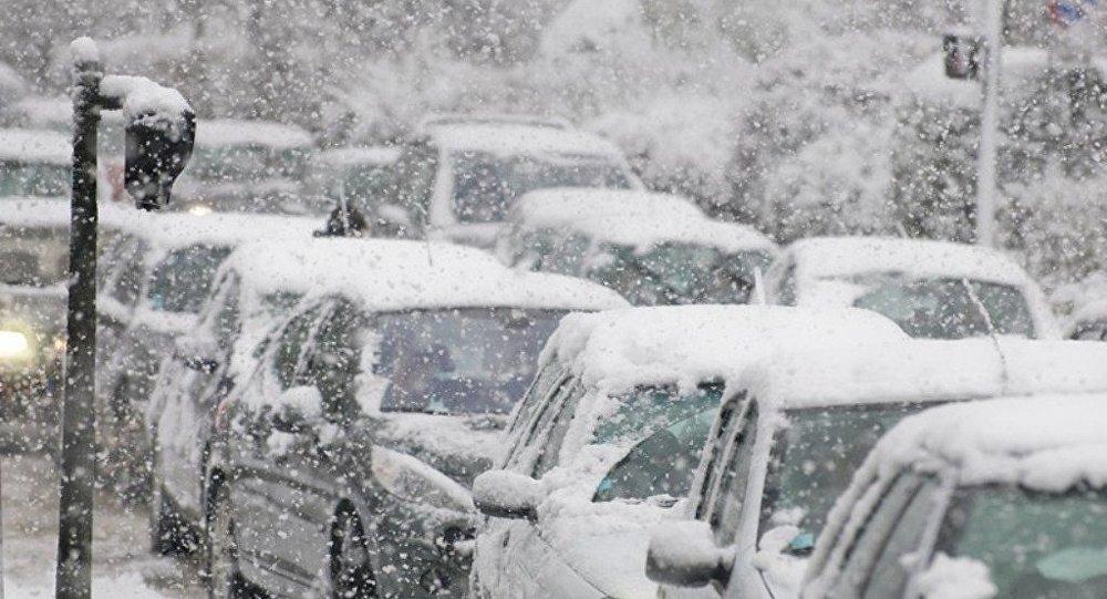 俄遠東烏蘇里斯克降雪量達三個月降雪量標準 進入緊急狀態