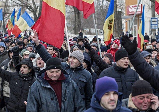 民調:摩爾多瓦公民反對加入羅馬尼亞和更改官方語言名稱
