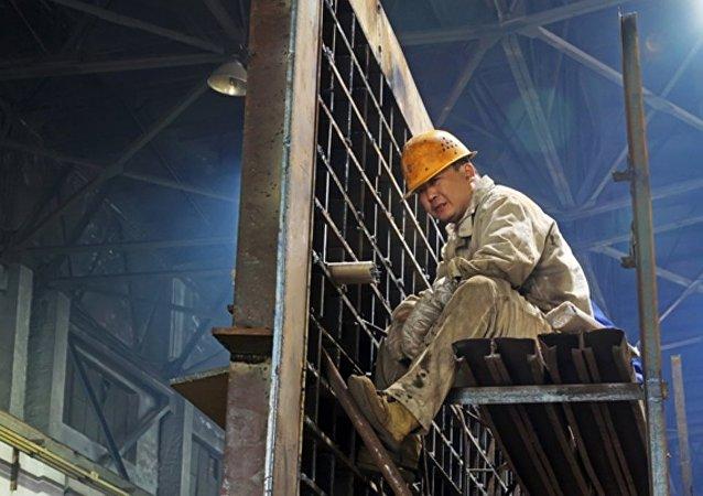 媒體:中國削減鋼鐵產能將致40萬人失業