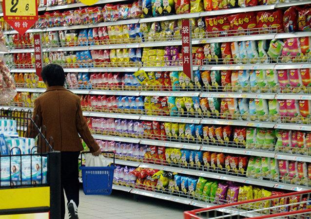 中國統計局:今年一季度中國社會消費品零售總額同比增長9.8%