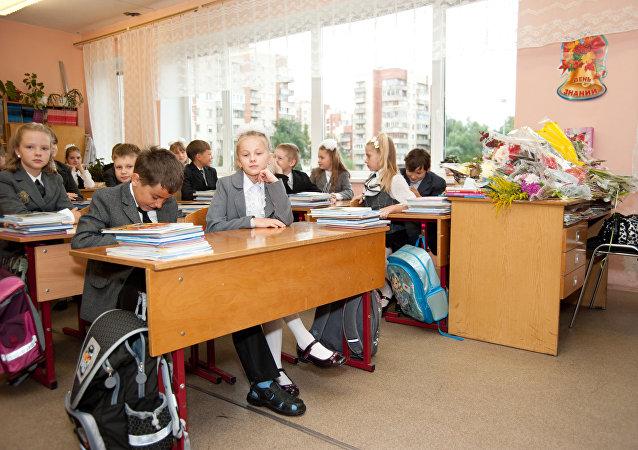 俄或在大選後增加教育、醫療和基建支出