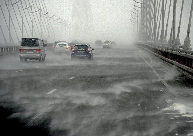 俄哈巴羅夫斯克邊疆區客運交通因氣旋襲擊而停運