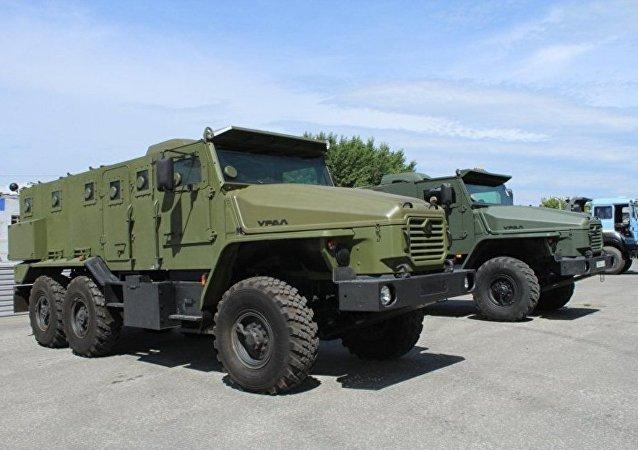 烏拉爾軍用卡車