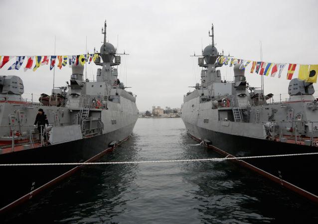 俄「謝爾普霍夫」號導彈艦