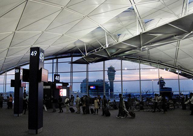 熱帶風暴「洛克」造成香港機場50余架次航班延誤