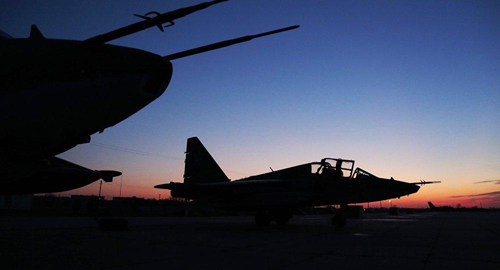 俄國防部:俄空天軍一周內在敘打擊恐怖分子據點1300多次