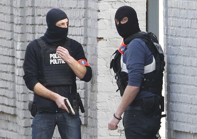 比利時政府繼續調查巴黎恐怖襲擊事件