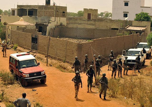 Полицейские в Бомако